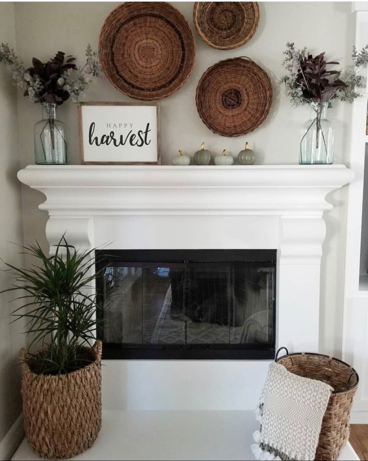 Fall mantle styling guide by the dotted bow how to decorate the perfect boho vintage fall mantlescape