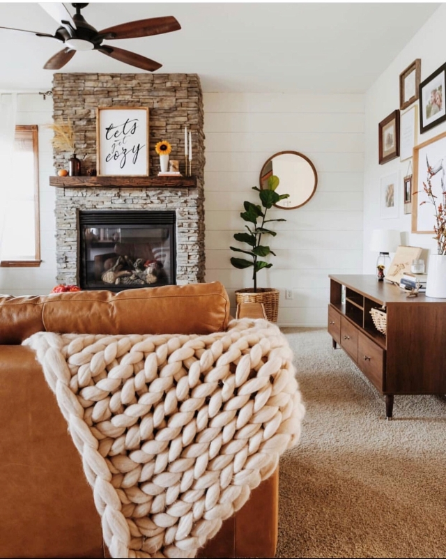 Fall mantle styling guide by the dotted bow how to decorate the perfect rustic modern fall mantlescape