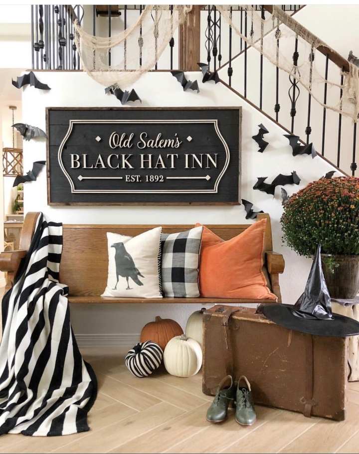 Halloween decor trends flying paper bats