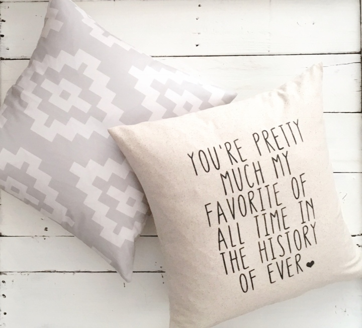 You're pretty much my favorite person Farmhouse Pillow // throw pillow // accent pillowCover #favoriteperson #myperson #anniversarygift