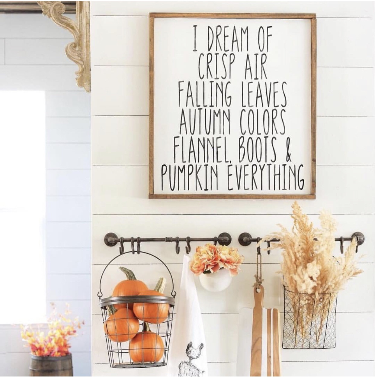 I dream of fall /farmhouse sign / wood sign