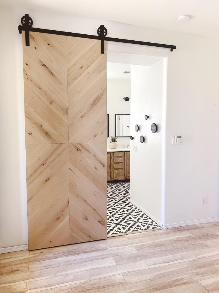 Natural oak barn door